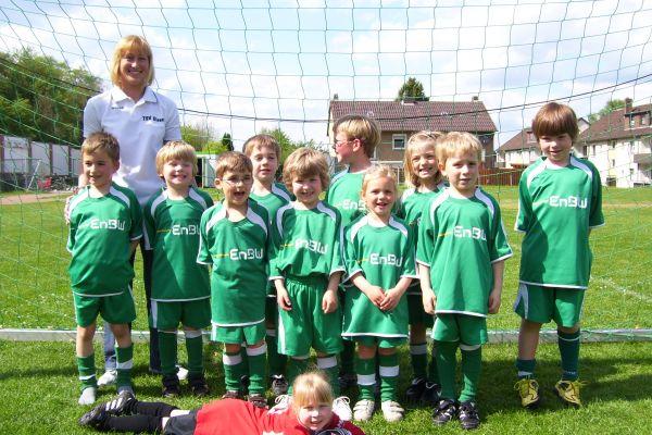 bambini-team2004BA5FD109-4E30-BD35-D8AC-3EDE1514421F.jpg