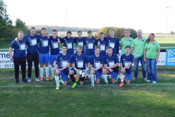 u16-team2001-shirts3EFA715F-D1A5-CAB9-7E81-2178556A1FD0.jpg